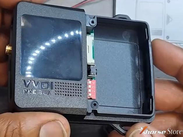 Set Xhorse SmartKey Box for Nissan Versa 2014